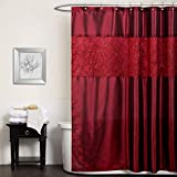 Lush Decor Maria Duschvorhang | Stoff schimmernd, einfarbiges Design für Badezimmer, 182,9 x 182,9 cm, Rot