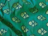 Brocado de banaras verdes indias vendido por The Yard tela para boda Lehenga Boutique Material Craft Supplies blusas Sherwani accesorios ropa fundas de cojín de tela