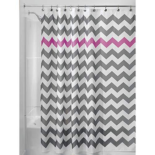 iDesign Chevron Duschvorhang Textil   leicht zu pflegener Duschvorhang aus Stoff mit verstärkten Löchern   Badewannenvorhang mit Zickzack-Muster   Polyester grau/violett