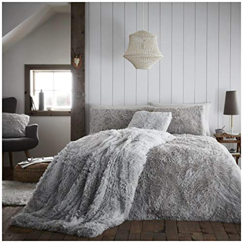 Teddy Fleece Hugg & Snug Duvet Set with Pillowcases, Quality Thermal & Warm Quilt Set, Single Size Bedding, Silver