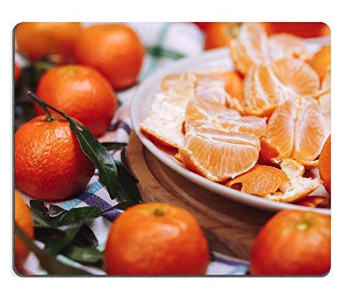 luxlady Gaming Mousepad ID: 34702997Brunch de Madura Tangerines de imagen en un cuadros lienen sobre una mesa de madera