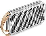 Bang & Olufsen Play BeoPlay A2 portabler Bluetooth Lautsprecher (24h Akku, 15 Watt) Natural