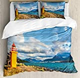Juego de Funda nórdica Islandia, Paisaje con Torre de vigilancia y océano en la Isla Sunset Discovering, Juego de Cama Decorativo de 3 Piezas con 2 Fundas de Almohada, Multicolor