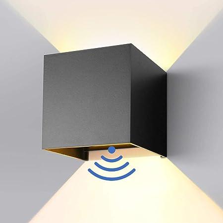 7W LED Applique Murale à induction, Allumage/Extinction Automatique,Angle de Lumière Réglable,Lumière Blanche Chaude,85-265V 3000K,Aluminium,IP65 Etanche,Pour Interieur/Exterieur