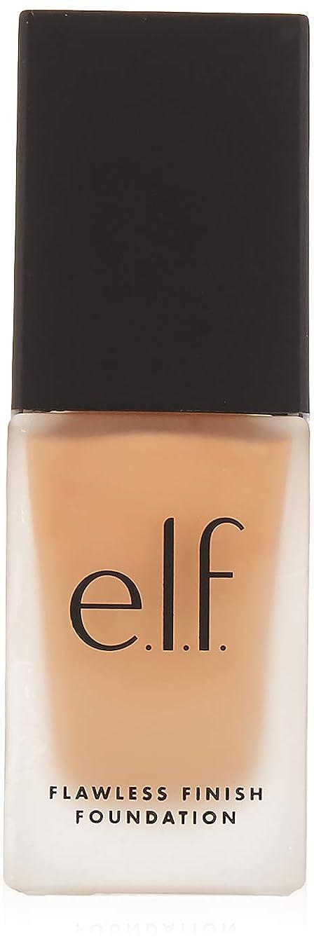 後ろに本物の足e.l.f. Oil Free Flawless Finish Foundation - Nude (並行輸入品)