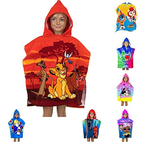 Poncho de baño para niños con capucha, 55 x 110 cm, varios diseños – Rey León, PJ Masks, Minnie Mouse, Cars, LOL Surprise, Top Wings, Sam Badepponcho Albornoz Unisex (Rey León)
