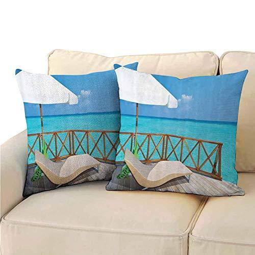 Paquete de 2 fundas de almohada para dormitorio Coastal Decor Collection Sombrilla y tumbonas con impresión a doble cara Tumbona en una terraza de agua Villa en Maldivas Imagen de arrecife Aqua Sandy