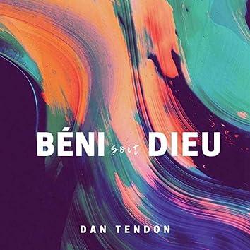 Béni Soit Dieu (feat. Sarai Callies)