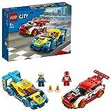 lego city nitro wheels auto da corsa, 2 macchine giocattolo e 2 minifigure di pilota, giochi per bambini di 5+ anni, 60256