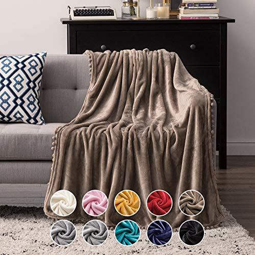 MIULEE Kuscheldecke Fleecedecke Flanell Decke Mit Pompoms Einfarbig Wohndecken Couchdecke Flauschig Überwurf Mikrofaser Tagesdecke Sofadecke Blanket Für Bett Sofa Schlafzimmer 150x200 cm Kaffeefarbe