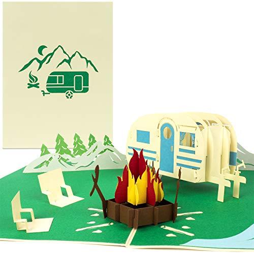 PaperCrush® Pop-Up Karte Camping mit Wohnwagen - 3D Geburtstagskarte für Camper, Lustiges Camping-Geschenk für Frauen und Männer - Handgemachte Geschenkkarte inkl. Umschlag