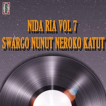 Swargo Nunut Neroko Katut, Vol. 7