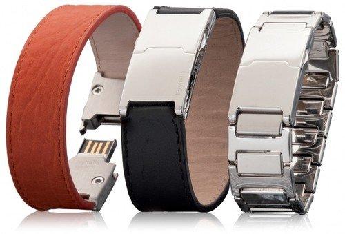 ErreBi Cablaggi, Bracciale Pryitalia Modello Prydynamic Con Slot Di Memoria USB Da 32 GB Lucida, Vitello Nero, Taglia: XS