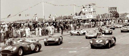 Jesse alexander tourist trophy goodwood (tT), 1959, reproduction automobiles dimensions : 100 x 50 cm