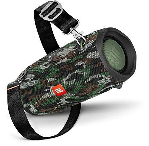 JBL Xtreme 2 Musikbox - Wasserdichter, portabler Stereo Bluetooth Speaker mit integrierter Powerbank - Mit nur einer Akku-Ladung bis zu 15 Stunden Musikgenuss Camouflage
