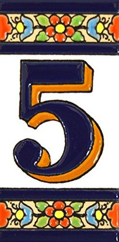 """Números casa. Letreros con numeros y letras en azulejo de ceramica policromada, pintados a mano en técnica cuerda seca para placas con nombres, direcciones y señaléctica. Texto personalizable. Diseño FLORES MEDIANO 10,9 cm x 5,4 cm. (NUMERO CINCO """"5"""")"""