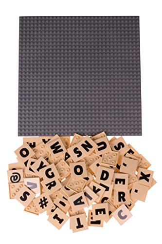 """Strictly Briks Alphabriks, Stapelbare Bauplatte & 100 Buchstaben-Plättchen mit 4 x 4 Noppen zum Lernen & Spielen, 100 % kompatibel mit allen führenden Marken, Graue Bauplatte 10 x 10"""" (25,4 x 25,4 cm)"""