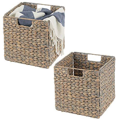 mDesign Juego de 2 cajas de almacenaje – Cajas organizadoras plegables hechas de jacinto de agua – Cestas de almacenaje con patrón trenzado – Ideales para estanterías cuadradas – color bambú