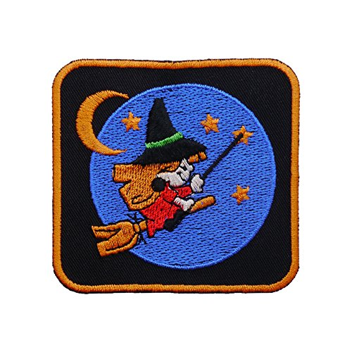 """Aufnäher """"Kleine Hexe"""" - auf dem Besen fliegende kleine Hexe - Ein Rechteck Rec2 mit ca. 7,5x8cm - schwarz"""