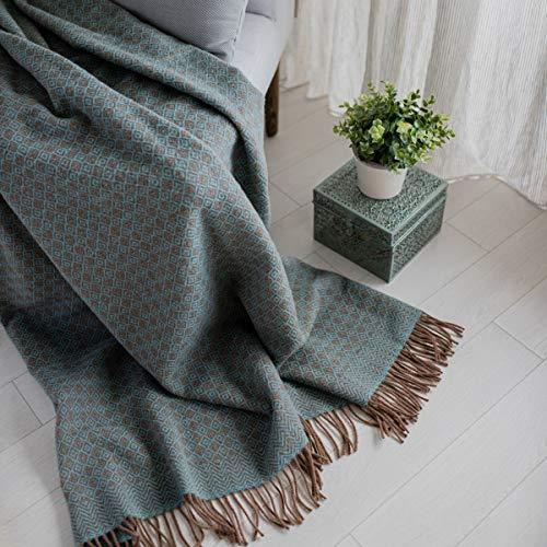 Linen & Cotton Decke Wolldecke Wohndecke Kuscheldecke Paris mit Rautenmuster -100% Reine Neuseeland Wolle, Braun Aqua Blau Türkis (140 x 200 cm) Tagesdecke Sofadecke Plaid Blanket Sofa Bett Lammwolle