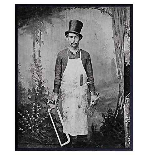 Creepy Gothic Wall Art Photo - Scary Goth Room Decor for Kitchen, Dining Room - Funny Gift for Chef, Cook, Halloween - Vintage Photo Photograph Picture Print Poster - 8x10