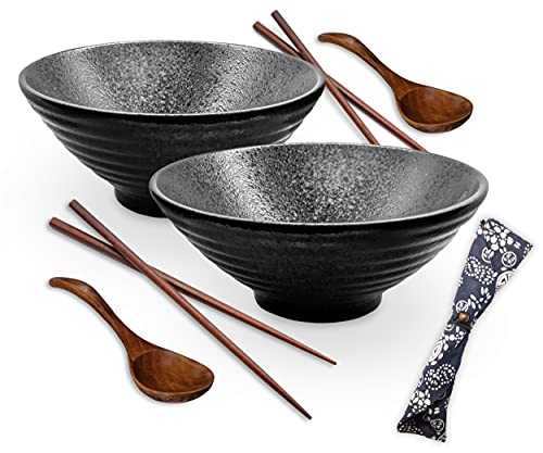 BAKERORA Ramen Bowl Set of 2-1100ml Large Noodle Soup Bowls with Spoons & Chopsticks - Twin Pack - Traditional Japanese Ceramic Gift for Udon, Pasta, Pho, Soba Lovers (Black)
