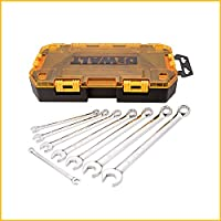 8-Piece Dewalt Combination Wrench Set (SAE)