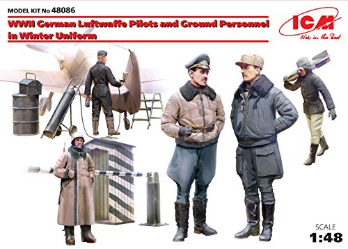 ICM 1/48 Scale World War II German Luftwaffe Pilots and Ground Personnel in Winter Uniform, 5 Figures - Plastic Figure Model Building Kit # 48086
