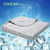 Luxear kühlende Kuscheldecke, mit Q-Max 0,4-Kühlfasern Kühldecke, 2 in 1 doppelseitige Baumwolle Wohndecke, flauschige und weiche Sofadecke Baby Decke Outdoor Decke , 130 x 170cm, grau
