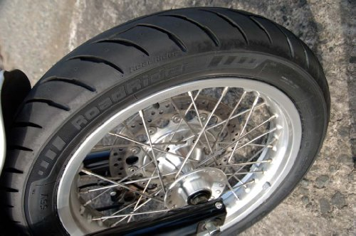 Avon Roadrider AM26 Universal Classic/Vintage Motorcycle Tire -110/90-18