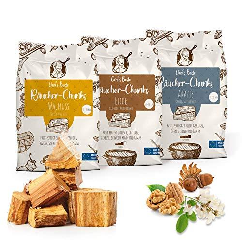 Omi's BESTE© 3er Packung Räucherchunks WALNUSS Eiche AKAZIE - ca.1,5kg je Sorte & Ø 5-8cm - BBQ Räucherklötze für kräftiges Raucharoma | 100% natürliches & traditionelles Smoker-Holz