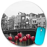 KAPANOU ラウンドマウスパッド カスタムマウスパッド、赤いチューリップとアムステルダム運河の黒と白の画像、PC ノートパソコン オフィス用 円形 デスクマット 、ズされたゲーミングマウスパッド 滑り止め 耐久性が 200mmx200mm