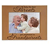 KATE POSH - Only The Best Parents get Promoted to Grandparents Picture Frame - Engraved Natural Wood Photo Frame - Grandma Gifts, Grandpa Gifts, for Grandparents (4x6-Horizontal)