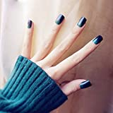 YERTTER 24pcs Glossy Colorful Fake Nails Gradient Short Fails Nails Artificial Acrylic Nails with Design Nail Salon DIY Art for Women Ladies (Peacock)