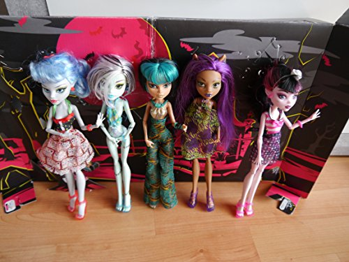 Monster High - X4489 - Skull Shores - 5 Pack - mit 3 exklusiven Monster High Puppen - Ghoulia Yelps, Frankie Stein, Cleo de Nile, Clawdeen Wolf & Draculaura