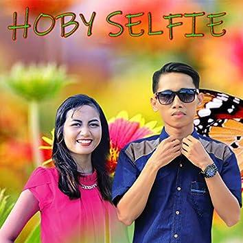 Hoby Selfie