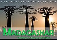 Madagaskar - Geheimnisvolle Insel im Indischen Ozean (Tischkalender 2022 DIN A5 quer): Die Insel Madagaskar im Indischen Ozean verspricht dem Besucher viele Geheimnisse zu entdecken (Monatskalender, 14 Seiten )