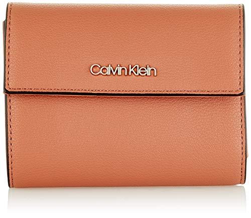 Calvin Klein - Ck Must Trifold Wallet Md, Carteras Mujer, Marrón (Cuoio), 1x1x1 cm (W x H L)