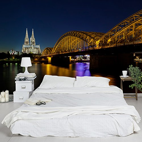 Apalis Vliestapete Köln bei Nacht Fototapete Breit   Vlies Tapete Wandtapete Wandbild Foto 3D Fototapete für Schlafzimmer Wohnzimmer Küche   mehrfarbig, 94955