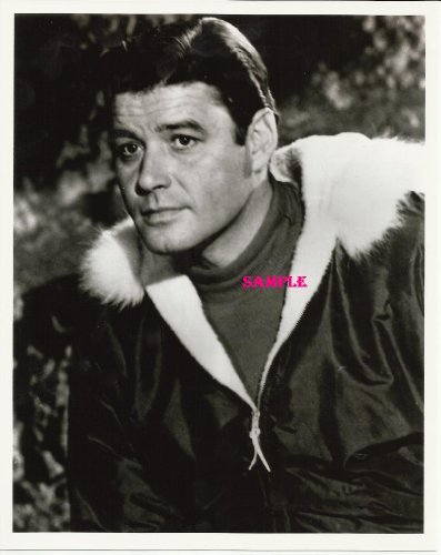 Guy Williams Lost In Space Close Up Jacket with Fur collar Photo 8x10 GW5000