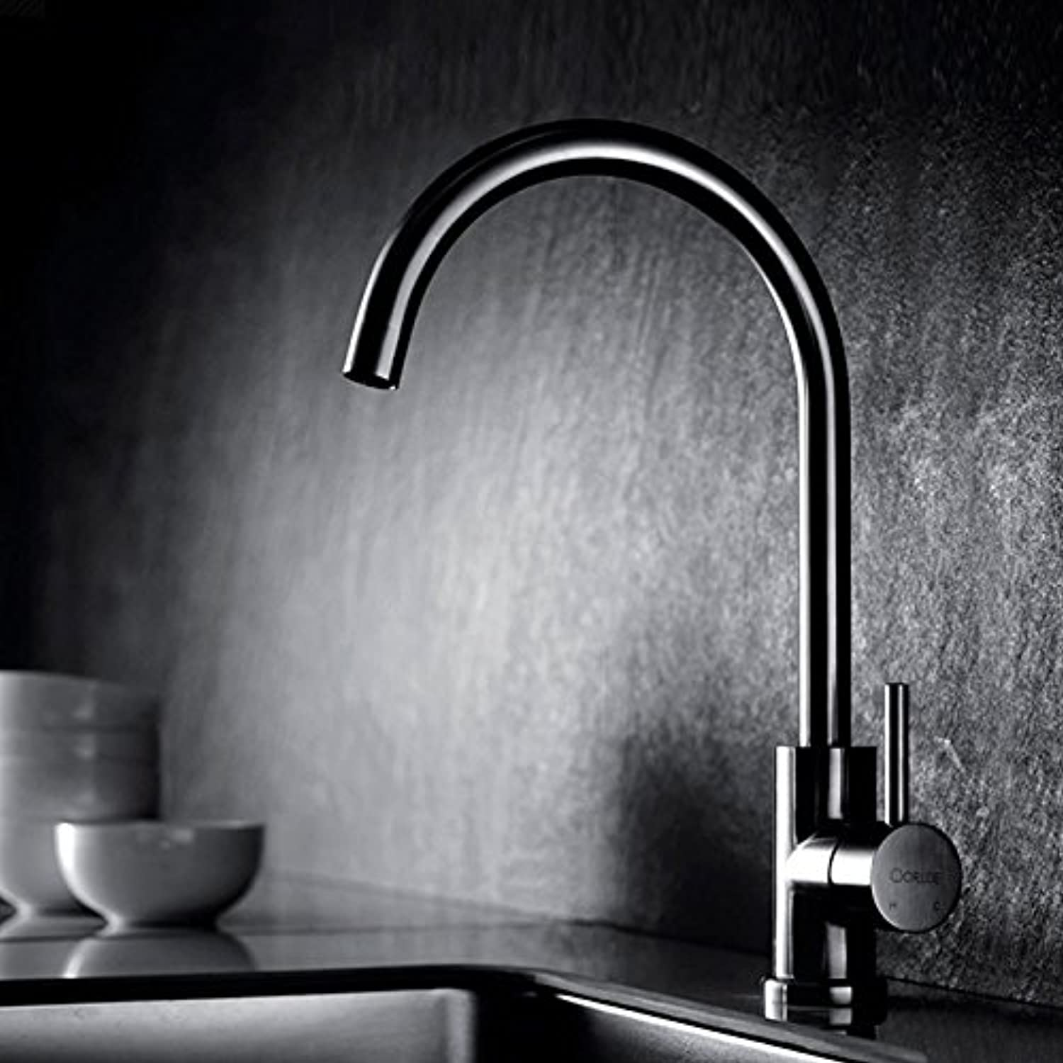 Commercial Single Lever Pull Down Kitchen Sink Faucet Brass Constructed Polished Sink Faucet Kitchen Stainless Steel Kitchen Sink Sink Faucet redatable Lead-Free Hot and Cold Water Faucet