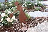 Rostikal | Bezaubernde Dekofigur Gärtnerin Gisela | Metall Gartendeko in Edelrost | 40 cm hoch