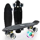 Skateboard Monopatín Mini Cruiser de 56cm/ 22 Pulgadas con Ruedas con Luz LED, Monopatín de Plástico para Principiantes,Adolescentes,Adultos,Niños (con Herramienta En T De Skate Todo En Uno),Negro