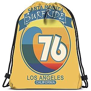 51J0Wyo3JEL. SS300  - Dingjiakemao Unisex Mochila con Cordón Surf Santa Mónica California Surf Estilo Retro Emblema Yoga Runner Daypack…