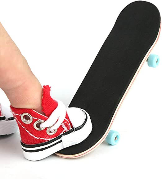 Professional Finger Skateboard Kits, Maple Complete Wooden Fingerboard with Cute Mini Skate Shoes