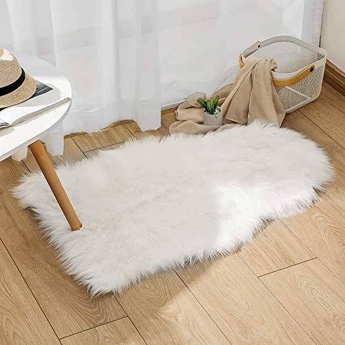 Alfombra de Piel de Oveja sintética de 0,6 m x 0,9 m con Forro Polar sintético para Sala de Estar, Dormitorio, sofá