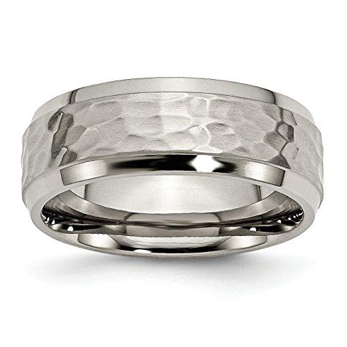Alianza de boda de titanio de 8 mm martillado y pulido