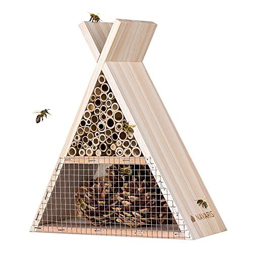 Navaris Casetta per Insetti in Legno Abete - Rifugio Ecologico per Farfalle Vespe Api Coleotteri 22.5X 21x8cm - Nido Materiali Naturali - Triangolare