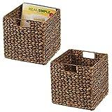 mDesign Juego de 2 cajas de almacenaje – Cajas organizadoras plegables hechas de jacinto de agua – Cestas de almacenaje con patrón trenzado – Ideales para estanterías cuadradas – marrón