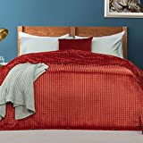 Madame Coco Emille Wellsoft Tagesdecke Bettdecke mit schlichtem Design, 150 x 220 & 200 x 220 cm, 100prozent Polyester, Schlafzimmer Zubehör Bett Überwurfdecke (Ziegelrot, 150 x 220 cm)